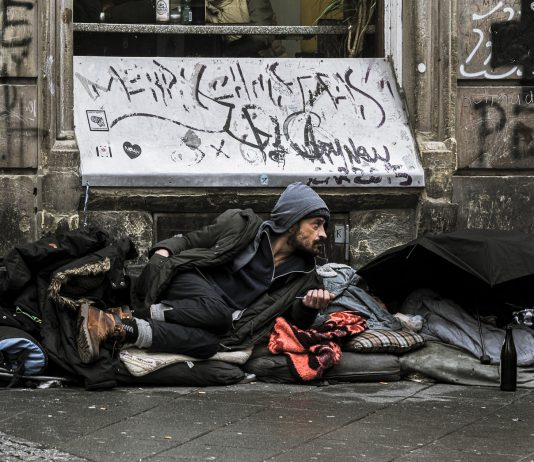 countries with most homeless people